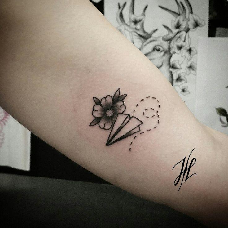Best 25+ Paper Plane Tattoo Ideas On Pinterest