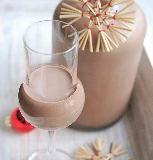 Swiateczny likier czekoladowo-piernikowy.