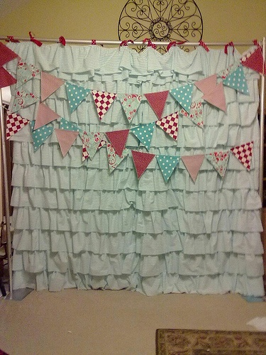 Photo Booth Backdrop; I have a shower curtain just like this!!