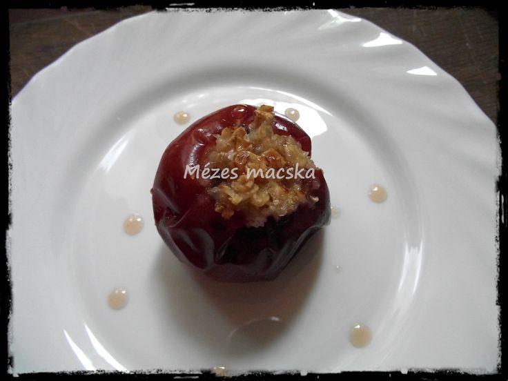 Sült alma mézes zabpehellyel töltve - Baked apples stuffed with oatmeal and honey