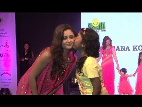 Rashmi Desai walks the ramp at ramp for champs event by Smile Foundation.