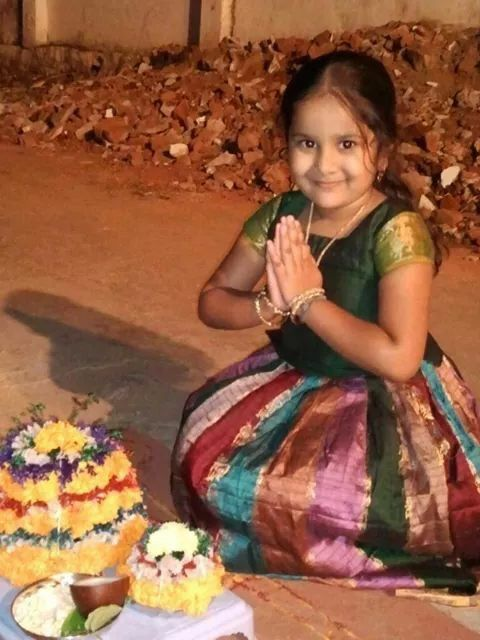 Les 25 meilleures idées parmi les filles tamoules sur Pinterest-8057