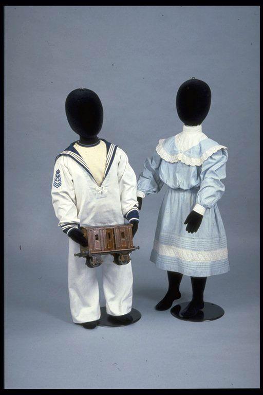 1901-1905 Children's Dress via Museum of London.