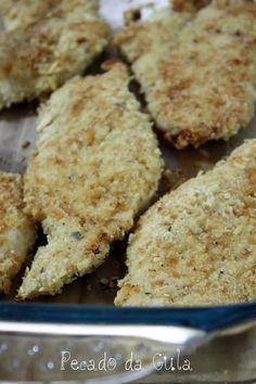 PECADO DA GULA: Filé de peito de frango empanado assado