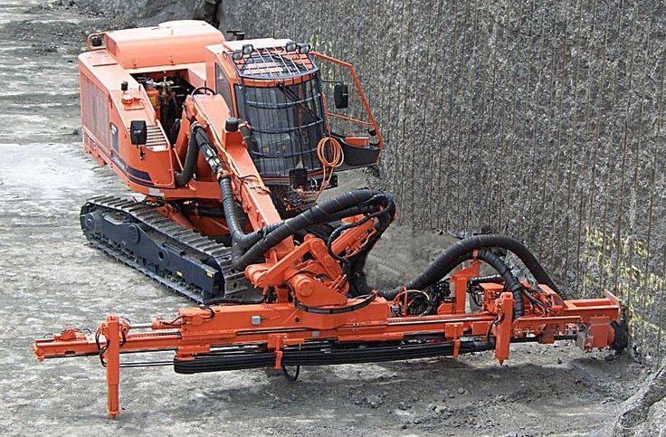 Foreuse top hammer / horizontale / sur chenilles / pour pierre de taille ø 45 - 89 mm | DQ500 Sandvik Mining