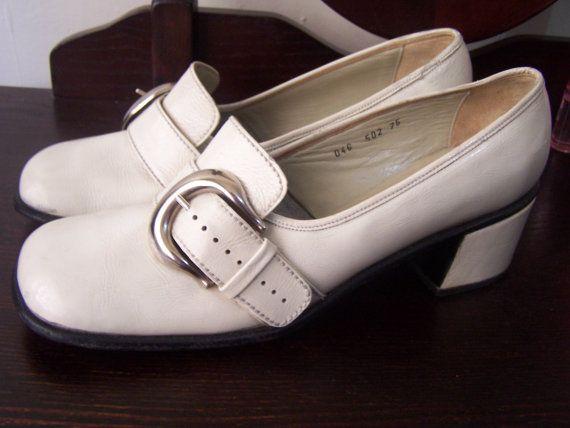 De stijl van de schoenen in de jaren 60, het merk was volgens mij Anita