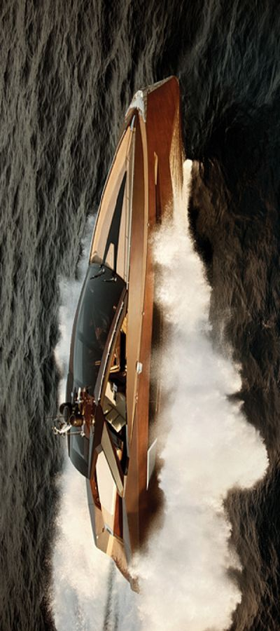 this is one beautiful Yacht