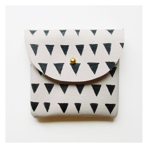 Leather Coins, Black Triangles, Style, Small Black, Coins Purses, Things, Ivory Leather, Coin Purses, Accessories