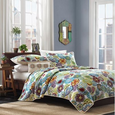 Floral and Paisley Bedding Set