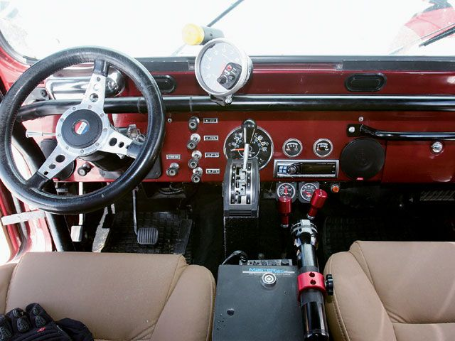 1985 Jeep CJ7 dash + interior