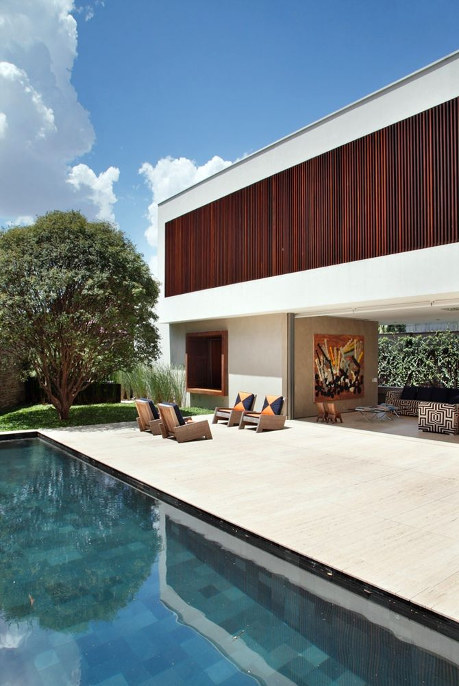 Private residence designed by Studio Guilherme Torres.