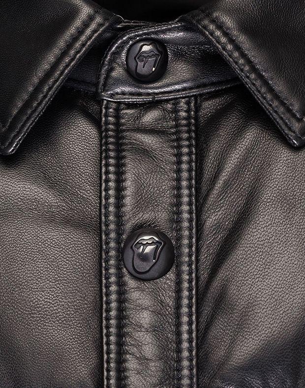 Boutons de doudoune en cuir Moncler X The Rolling Stones pour homme #moncler #rollingstones #doudoune