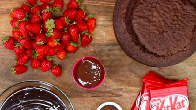 The Ultimate Chocolate Mud Cake Recipe with a White Chocolate Option