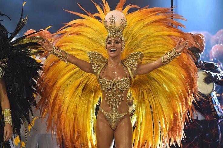 В Бразилии прошел самый массовый и знаменитый карнавал в мире, в котором взяли участие 12 школ самбы и лучшие танцовщицы со всей страны.  |  #рио  #карнавал  #бразилия  #новости  #интересное
