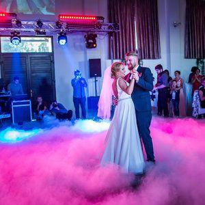 Raluca and Dan /// first dance. #weddingday #dastudio #dastudioweddings #light #moment #emotion #photographer