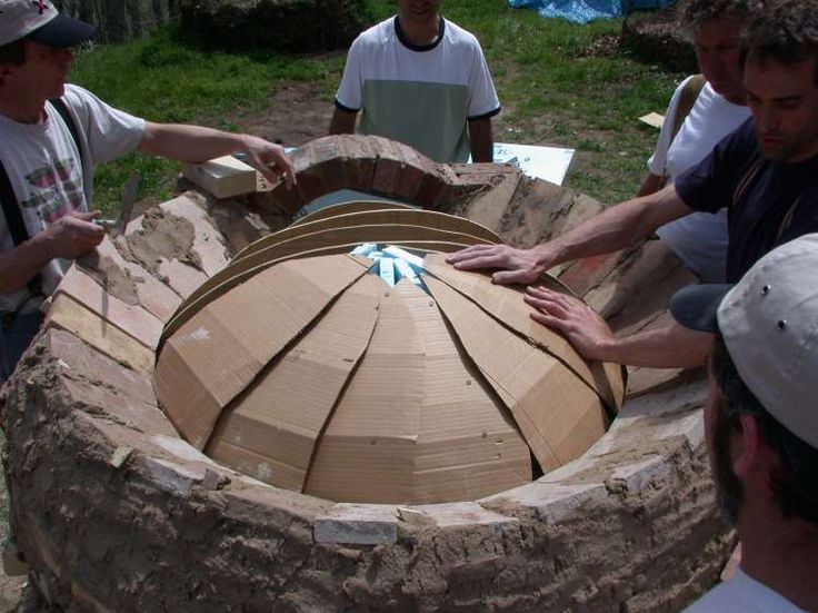 These are the plans for an epic brick bread oven. Must have one soon. Baking this much in a regular oven is a bother.