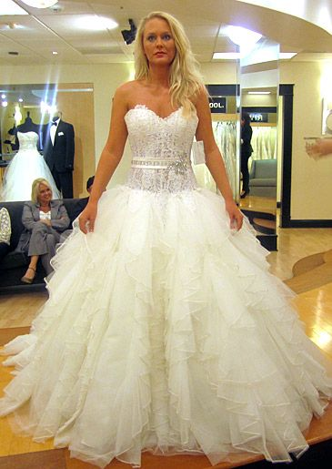 Season 4 featured dresses part 2 say yes to the dress for Wedding dress boutiques atlanta