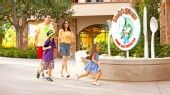 Goofy's Kitchen | Disneyland Hotel | Character Breakfast?
