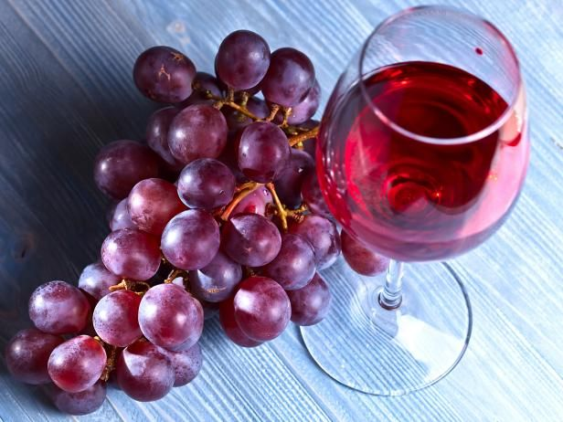 Expand your wine knowledge by digging deeper into the big six grape varietals.