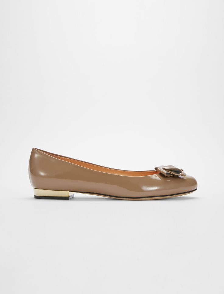 Marina Rinaldi LIEVE brown: Patent leather ballet pump.