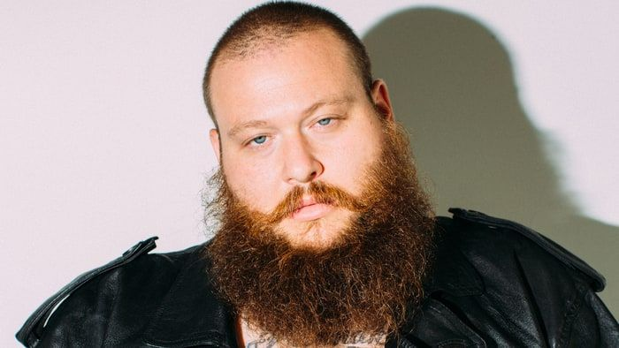 action-bronson-blue-chips-7000-hipster-food-2-a37cc61e-6b9d-4411-8254-e32846c26bef.jpg (700×394)