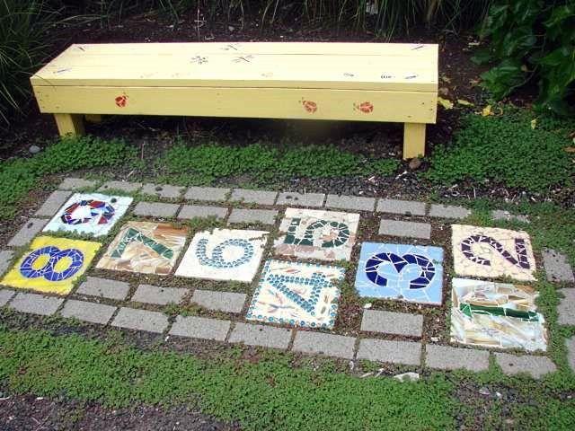 hopscotch garden mosaic - i wonder if I've got room for this somewhere in the garden.