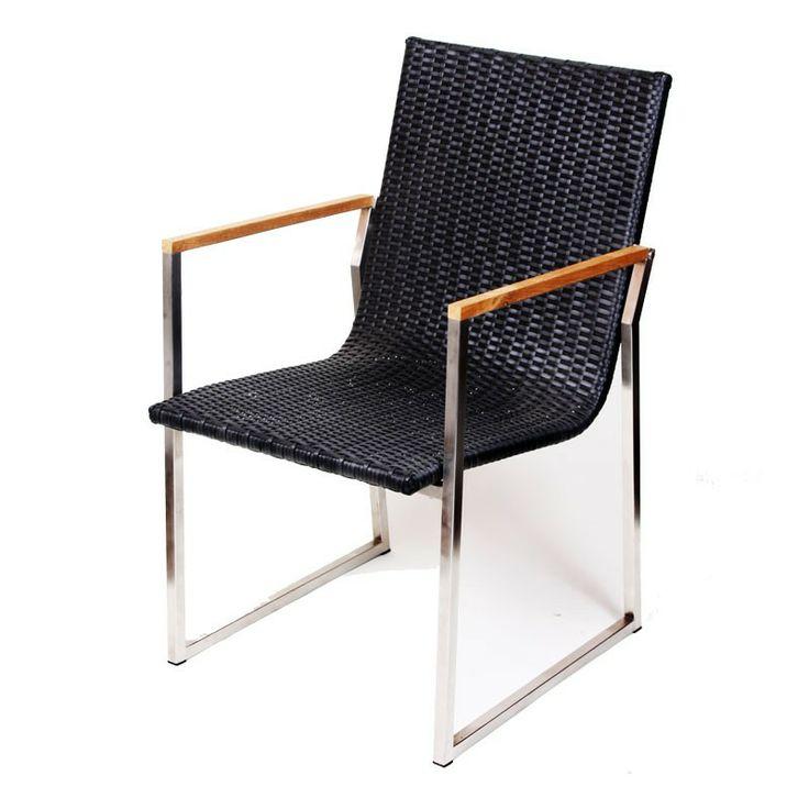 Wicker Tuinstoel Amy is een stoel bestaande uit drie verschillende materialen. De zitting bestaat uit gevlochten zwart 7mm plat wicker. Het frame is gemaakt van stevig aluminium en een armleuning gemaakt van acaciahout. Daarnaast is deze tuinstoel onderhoudsvriendelijk en is het bestand tegen verschillende weersomstandigheden. #Tuinstoel #Tuinstoelen #tuinmeubelen #tuinmeubel #tuinmeubels