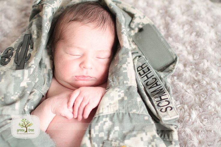 love my little newborn military baby pictures of my nephew!!!