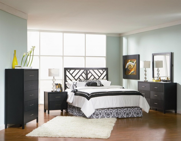 This 5pc Collection Includes Queen Bed (Mattresses Are Not Included),  Dresser, Mirror