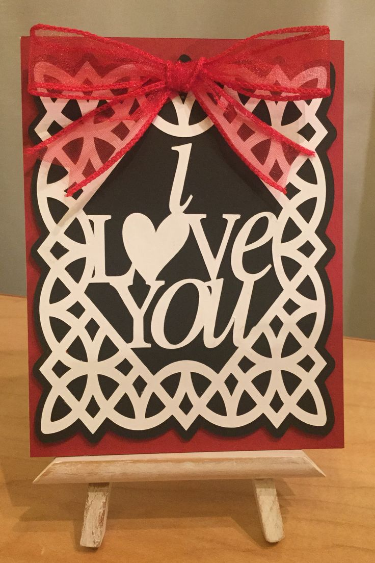 Valentine Card / Made with Cricut Paper Lace  Cartridge / Handcrafted By Cindy Babich (Cindyswishestogive 2016)