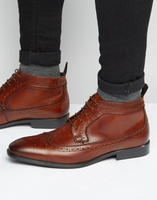 Botines chukka de cuero marrón con detalles Oxford de ASOS