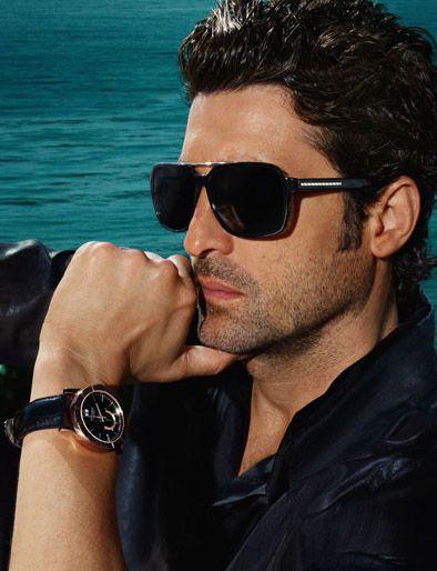 Google Afbeeldingen resultaat voor http://www.thefashionbugs.com/wp-content/uploads/2011/06/versace-sunglasses-men.jpg