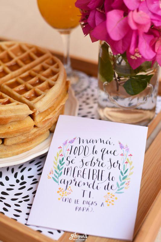 Tarjetas descargables e imprimibles para el día de la madre del blog www.annaspasteleria.com - Free beautiful printable mother's day card!! - Mother's day gift idea - Idea de regalo para el día de las madres!