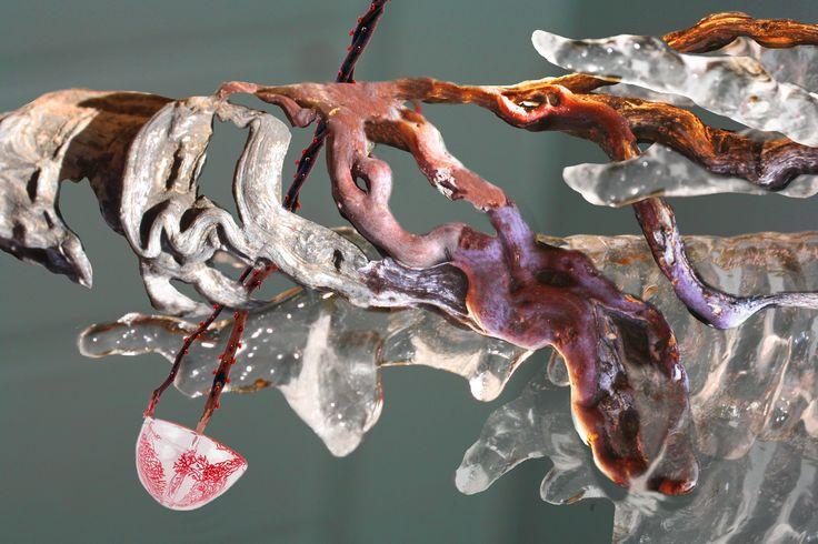 """""""Icicle Roots"""" Artista: Rebecca Didomenico, imagen digital, 21.5x28 cm, 2015 + PA"""