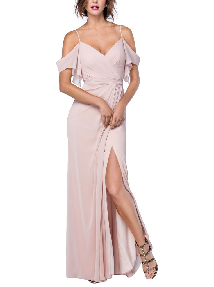 Bombshell alert. This blush bridesmaid dress from Watters is HOT. Off-the-shoulders? Check. Slit? Check. Babam. #sponsored