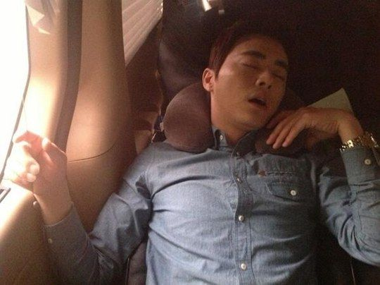 Jo Jung Suk Gets Caught Completely Zonked Out - Soompi