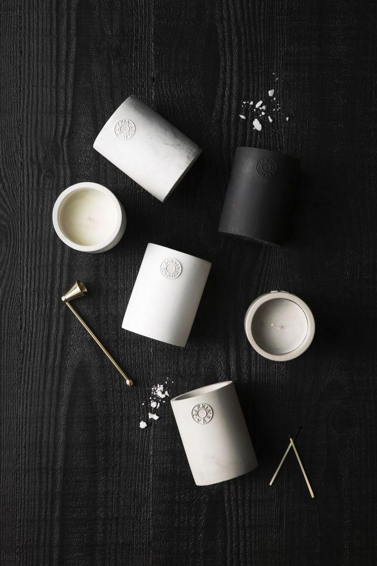 Zakkia ceramics l Zakkia candles l Candles in white or black ceramic vessels
