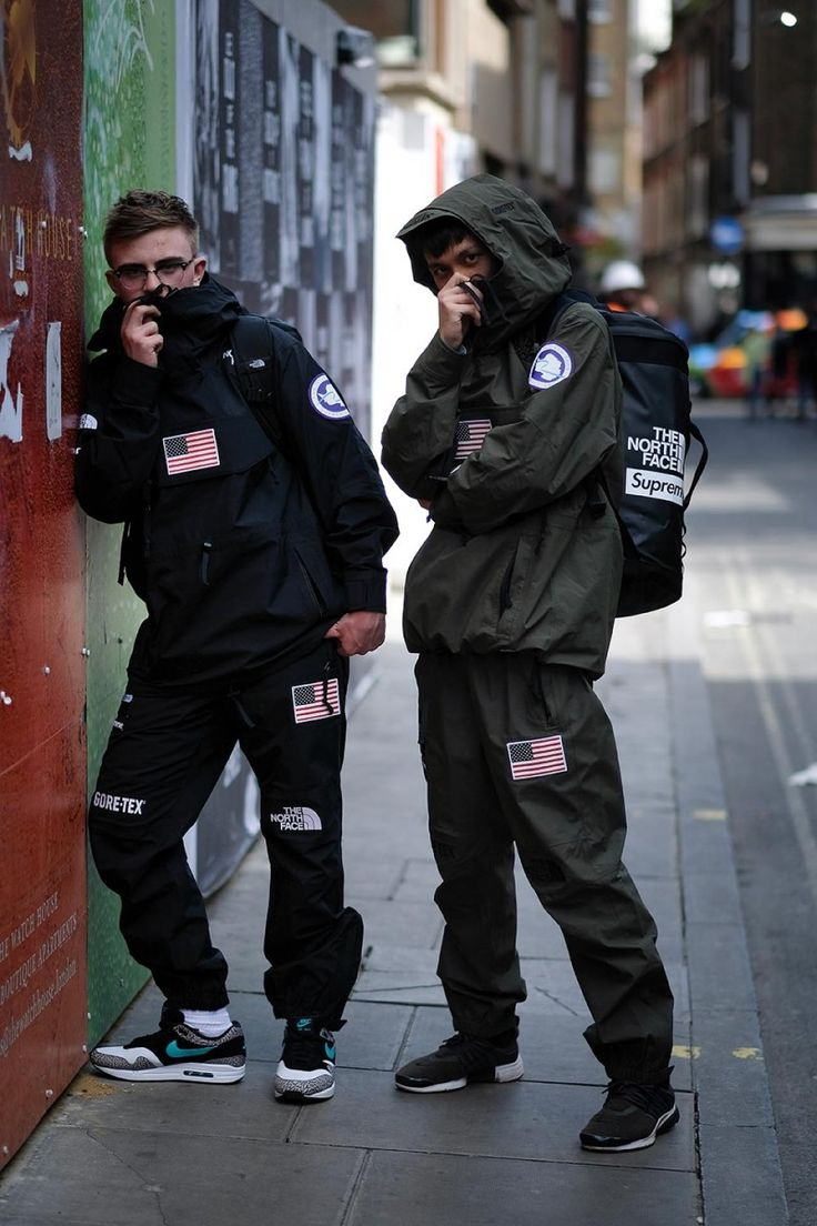 Here's what London's streetwear heads wore to the launch of Supreme x The North Face SS17. As expected, it was a retrospective of the brand's greatest hits.