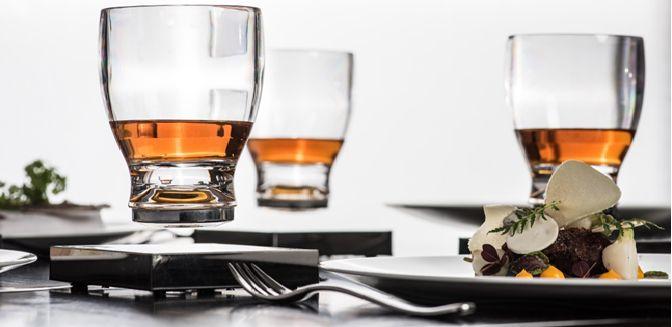 Levitating CUP – Un verre capable de léviter … forcément on adore !