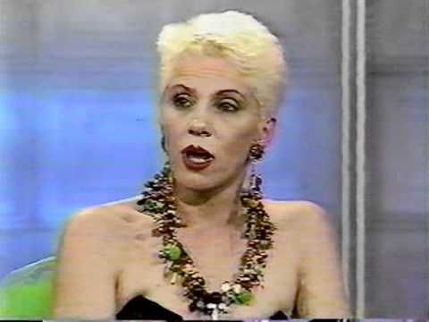 Angie Bowie Interview Geraldo Rivera Pt.1 - YouTube