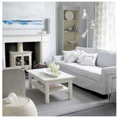 Beach Cottage Room Ideas   ... room look even more spacious. Chandelier, mirror and table add to
