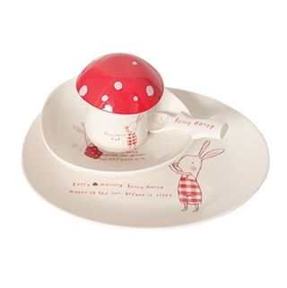 Maileg Bunny Honey 5 Piece Melamine Set The Maileg collection has a unique authentic look and touch created by designer Dorthe Mailil. The collection emphasizes contemporary season concepts within decoration for Christmas and easter and a seperate collection for children. $62.95 #easter #bunny #gift