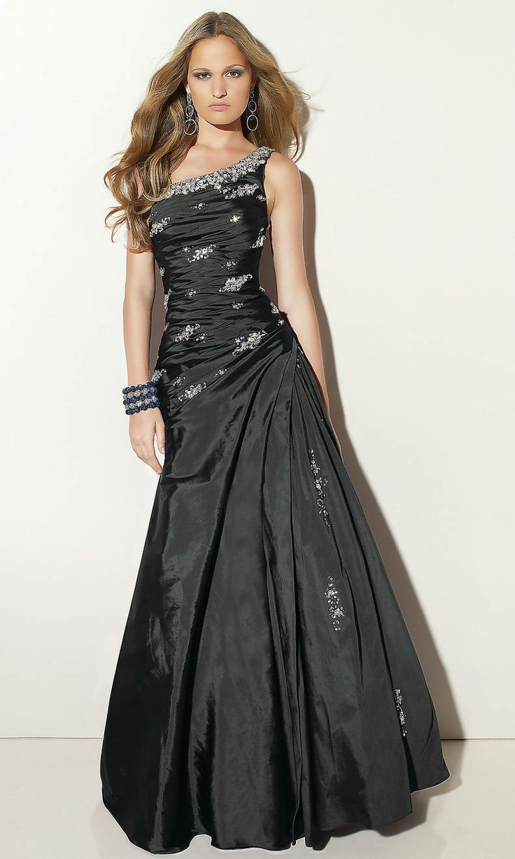 32 Best Black Prom Dresses Images On Pinterest Party Wear Dresses