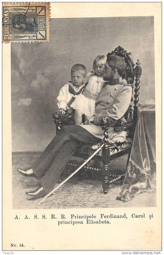 Ferdinand, Principele moştenitor al României, cu primii doi născuţi: Carol (1893) şi Elisabeta (1894).