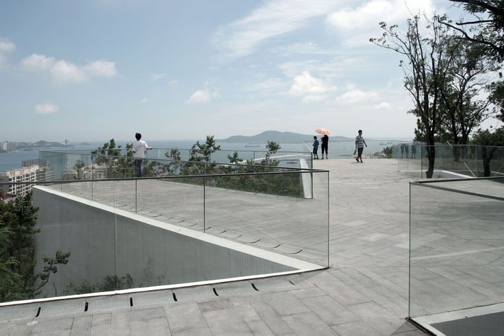 Viewing Pavilion on Hill by TAO