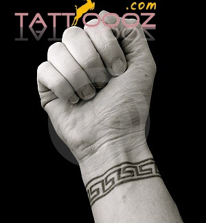http://tattoooz.com/cool-men-wrist-tattoo-designs ...