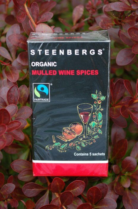 Steenbergs Mulled Wine Sachets are Fair Trade and Organic and plain fantastic.  There are five sachets of delicious organic Fairtrade mulled wine spices in every box. We designed these Organic Fairtrade Mulled Wine Sachets for ease of use for the Christmas and winter season, but you can even use them as a flavouring when stewing fruit when making a crumble or a coulis.