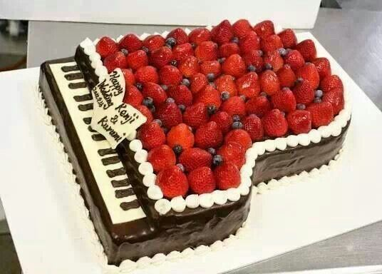 You can always add in strawberries and fruit to your piano cake and make it healthy...at least that's what you can tell yourself ;) #music #dessert