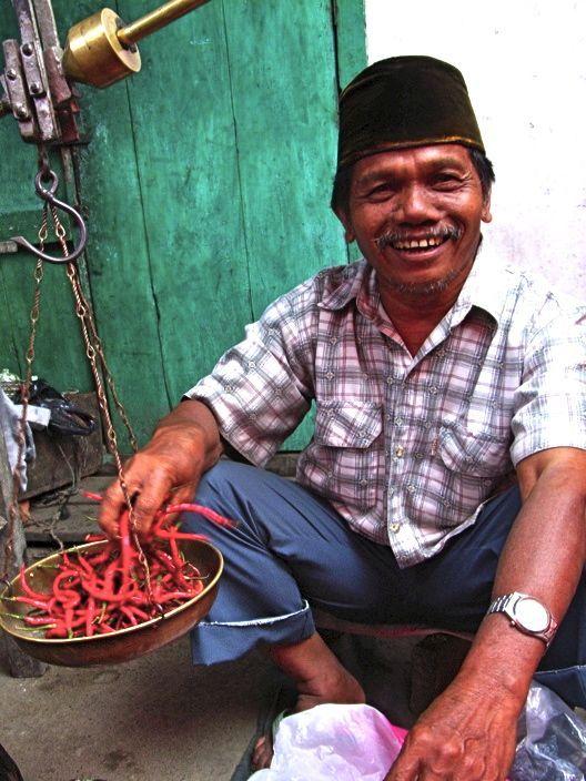 Indonesia, Lake Maninjau,Ahad Market-chili vendor.