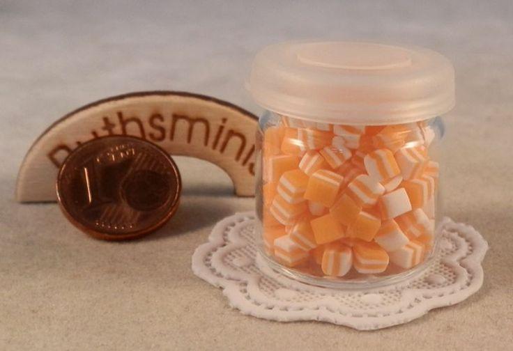 1Glas Bonbon, Miniatur 1:10, Puppenstubenzubehör von Ruthsminis auf DaWanda.com
